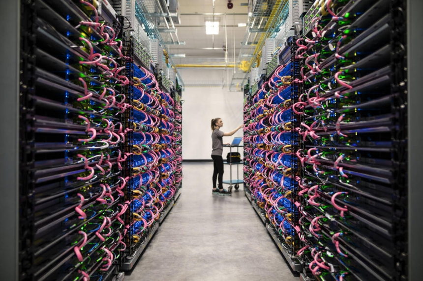 Cloud TPU pods Google - The machines responsible for understanding your search intent