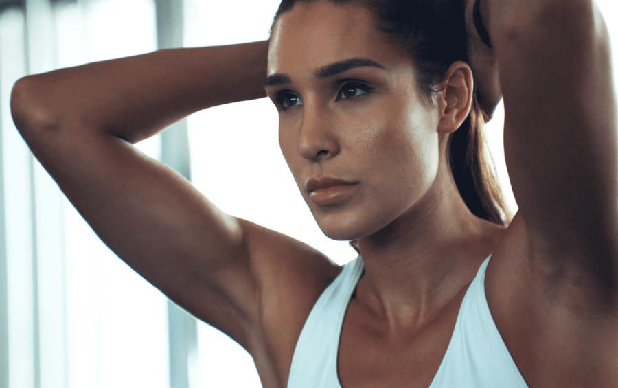 Kayla Itsines australian female fitness influencer personal trainer