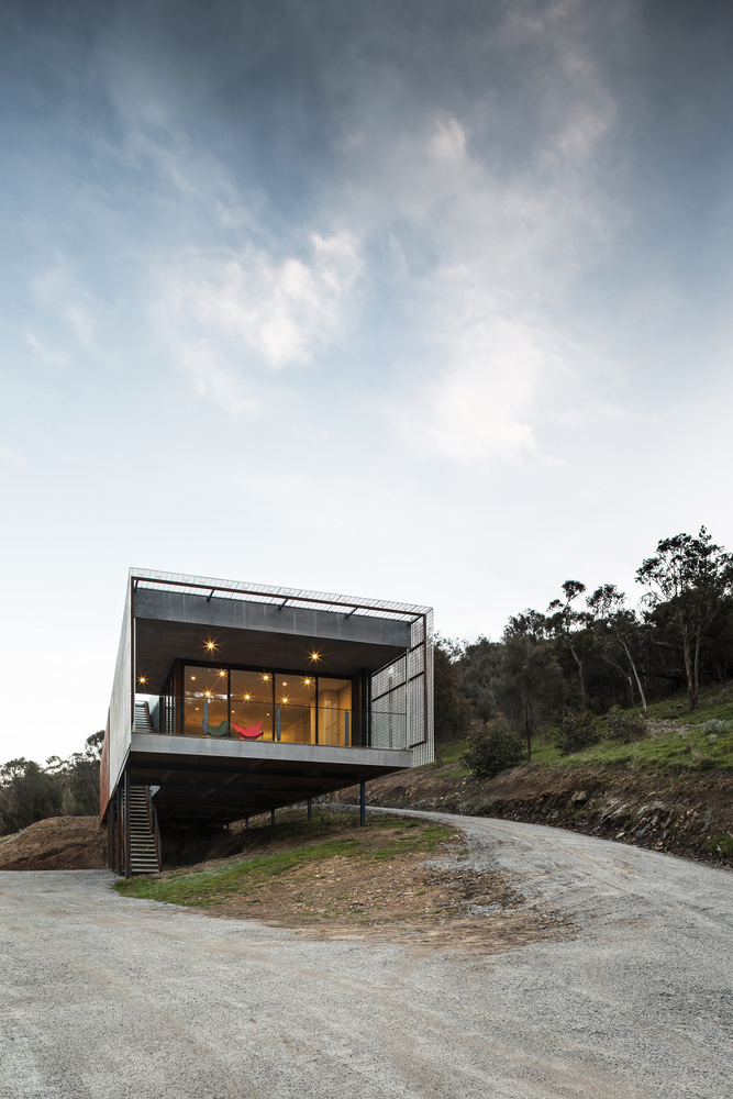 bushfire resistant house design mt macedon house melbourne victoria australia field office architecture