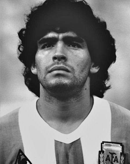diego maradona photo black white argentina